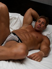 Beefcake competitive bodybuilder from Argentina