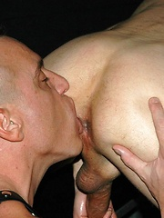 Daddies have wild anal sex on the sling