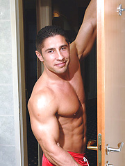 Amateur shooting of hot muscled dude
