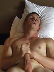 18 year old cute soldier Finn jerks off his penis
