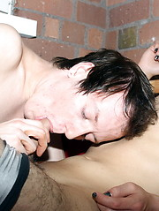 Cute emo boy Sean Taylor fucks Leo Quin