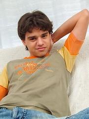 Amateur latin guy Rodrigo in solo scene
