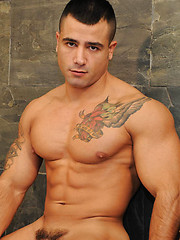 Beautiful versatile sexplosion between muscle boys