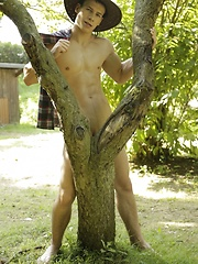 Brokeback Revisited As Big-Gunned Casey Gives His Pal A Hard Raw Pounding!