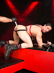 Club Inferno Dungeon – Xperts (Scene 2)