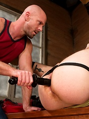 Club Inferno Dungeon – Hole Busters 8 (Scene 4)