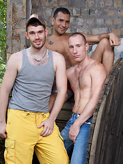 A hot Summer day in Berlin. The two outdoorsy guys Peto and Lucio have set up their tent in the...