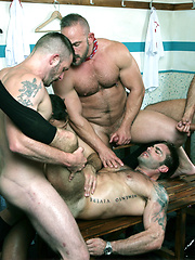 Menatplay kick-off 2014 with a 5-man muscle, fuck extravaganza