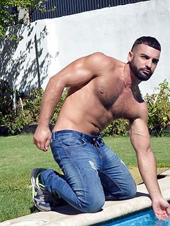 gay porn model Abraham Al Malek